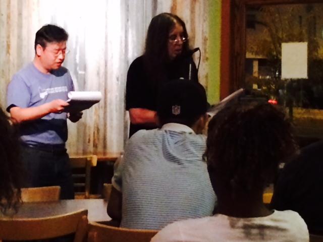 Yi Sha 伊沙 READING IN TUCSON, ARIZONA 美国亞利桑图森朗诵会 (1/5)